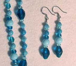 double strand aqua glass set detail